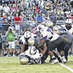 Pirates earn 1st win; Scots, Pats roll