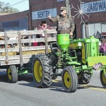 Farmers Day Parade draws crowd to Ellerbe
