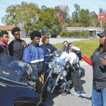 Bikers giving back: Playaz Elite provides Thanksgiving meals