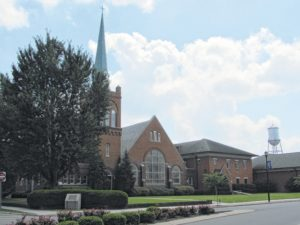 Freedom Ministries No. 1 to host a pew rally Sunday in Dobbins Heights